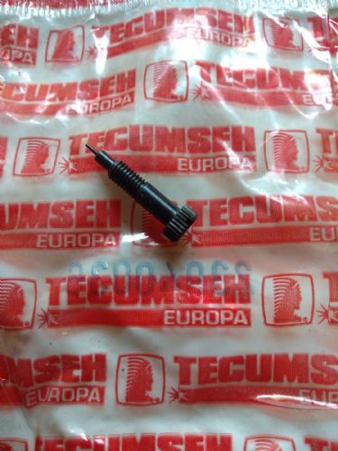 Tecumseh 23940036 Carb screw